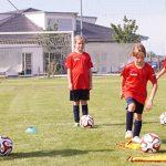 Spiel, Spaß und Training in Tonis Fußball-Camp.