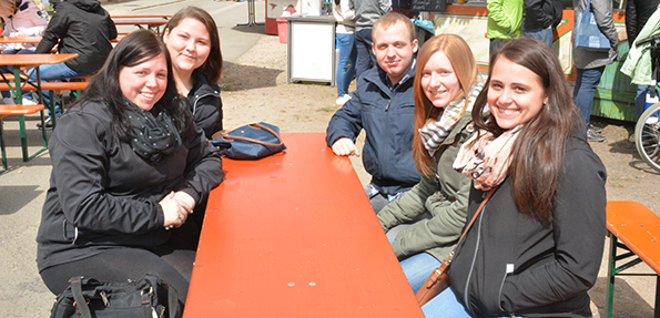 Die milden Temperaturen und herrlicher Sonnenschein lockten zahlreiche Besucher auf das Frühlingsfest. Foto: Gernot Kirch