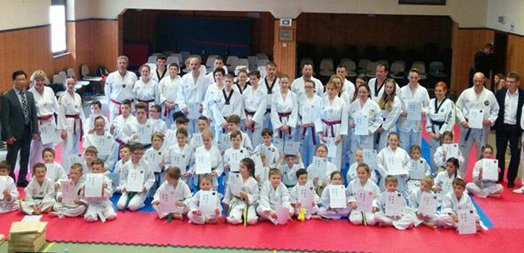 Die erfolgreichen Prüflinge der TG Westhofen, Abteilung Taekwondo.