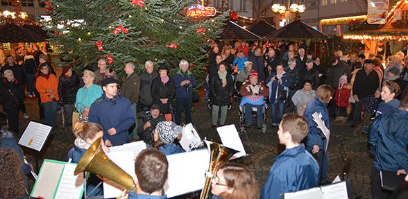 Der Wormser Weihnachtsmarkt soll weiterentwickelt werden und zukünftig mehr Touristen anlocken. Foto: Gernot Kirch