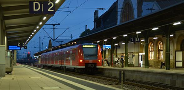 Die Bahn bietet die Möglichkeit mit Sonderzügen das St. Abbandest in Bodenheim zu besuchen. Foto: Gernot Kirch