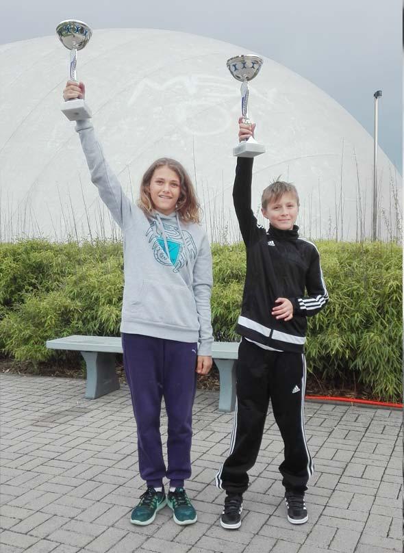 Sophie Beierstorf und Dimitri Marin, die in ihrem jeweiligen Jahrgang die RLP-Titel im Mehrkampf gewonnen haben.