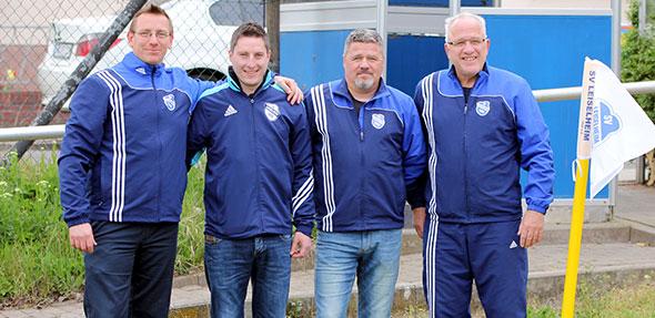 Frank B. Merz, stellv. Vorsitzender, Roland Hahn, Trainer, Dirk Scheurer, Co-Trainer, Peter Braun, Vorsitzender.