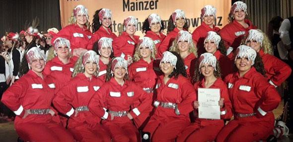 """Die Tänzerinnen und Tänzer von """"Upthrust"""" zeigten trotz zahlreicher Handicaps in Mainz einen souveränen Auftritt."""
