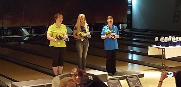 Die Wormser Pin Killer zeigten stabile Leistungen. Marion Eberl im grünen Trikot belegt Rang 2 und Gabi Werle im blauen Trikot wurde Dritte.