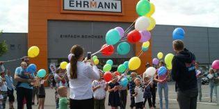 Dank Hüpfburg, Kinderschminken und Luftballonwettbewerb erlebten Familien mit Kindern am Samstag einen ereignisreichen Besuch bei Ehrmann.