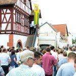 """Die Eröffnung findet traditionell am historischen Rathaus mit der """"Kerwe-Redd"""" statt."""