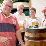 Auf die Besucher wartet leckere Essen und frisch gezapftes Bier. Foto: Robert Lehr