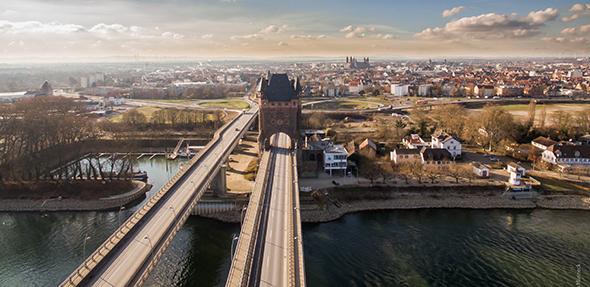 Nach Präsentation der Halbjahresbilanz für den Haushalt der Stadt fällt der Fehlbetrag geringer aus als prognostiziert. Foto: Wormser-Bilder. de