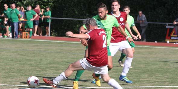 Dennis Krauberger und seine Mitspieler schlugen im Kreispokal mit 6:1 die Abwehr der TG Westhofen II.