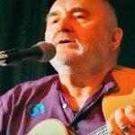 Mike Silvers Lieder erinnern an James Taylor, Phil Collins, sogar Sting. Silver hat das Talent seiner besser bekannten Mitmusiker und die wunderschöne Art der Darbietung seiner Songs ist ganz besonders erwähnenswert.