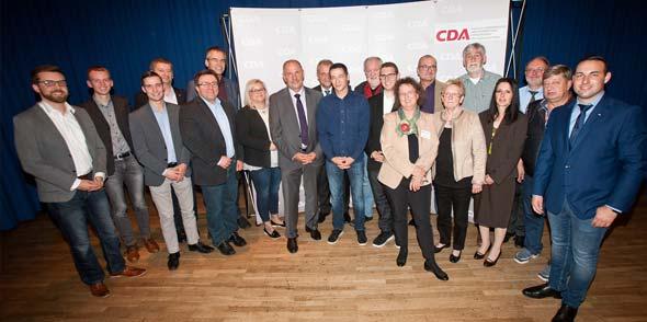 Adolf Kessel (8. von links) kann mit großem Rückhalt für zwei weitere Jahre die CDU-Sozialausschüsse auf Landesebene leiten.
