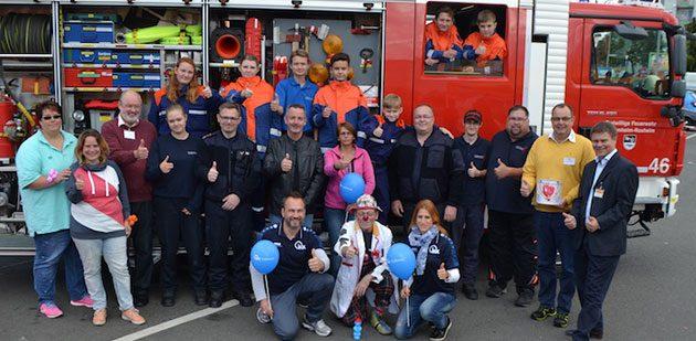 Daumen hoch für den Aktionstag am Samstag in Bobenheim-Roxheim. 50 Typisierungen für die Stefan-Morsch-Stiftung sind ein schöner Erfolg.  Foto: Steffen Heumann