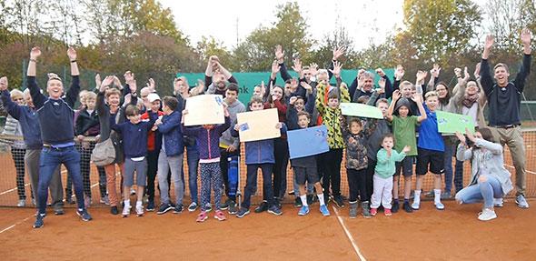 Der Tennisclub Bürgerweide hofft auf die Unterstützung vieler Fans, damit die Tennis-Weltstars Zverev und Thiem bald in Worms live zu erleben sind.