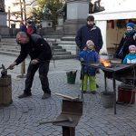 Die Nibelungen Weihnachtswerkstatt verwandelte sich am Samstag in eine Zauberschmiede.