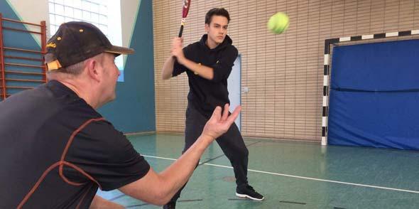 Gerade Baseball-Neulinge gelingt durch das spezielle Hallentrining meist ein guter Start in die beliebte amerikanische Sportart.