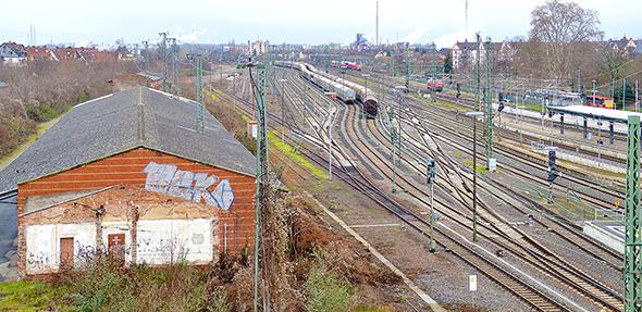 """Das Städtebauprojekt """"Grüne Schiene"""" verbindet ökologische, soziale und bauliche Elemente. Der Realisierungszeitraum beträgt rund zwölf Jahre. Foto: Gernot Kirch"""