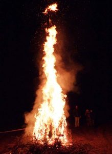 Alle Organisatoren und Besucher freuen sich schon auf die 12. Auflage des Knutfestes im Januar 2019, wenn die Flammen wieder hoch in die Nacht schlagen.
