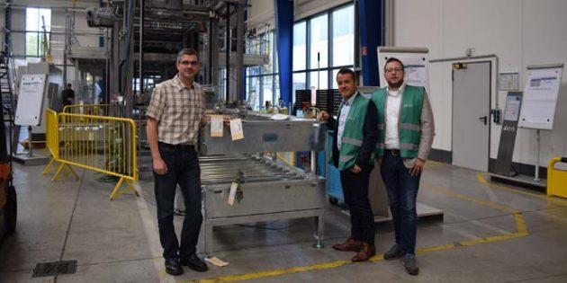 Von links: Dr. Stefan Diesner (Werksleiter), Jens Guth (MdL) und Jens Thill (stellvertretender Fraktionsvorsitzender).