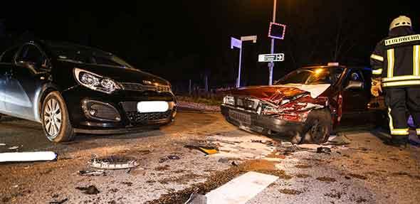 Verkehrsunfall am Mittwochabend in Osthofen.  Foto: Jannik Reinecke/Die Knipser