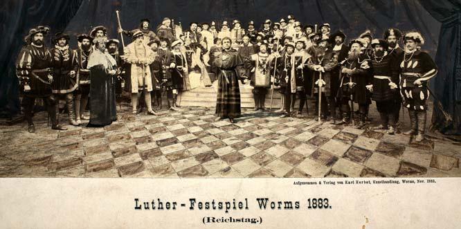 Lutherfestspiel in Worms 1883, Reichstagsszene mit August Bassermann als Martin Luther. Foto: Stadtarchiv Worms