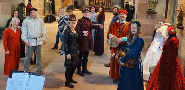 Mittelalterliche Tänze standen am Wochenende im Fokus eines Workshops im Andreasstift.