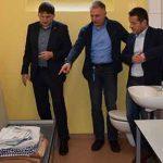 Nur zu Besuch! Die beiden Landtagsabgeordneten Jens Guth (Worms) und Heiko Sippel (Alzey) informierten sich Richter Edgar Guleritsch über die einzige rheinland-pfälzische Jugendarrestanstalt in Worms.