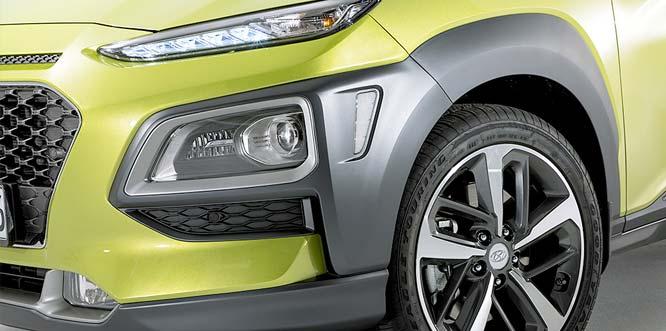 Der stylische Kona ist das jüngste Modell von Hyundai. Das SUV im Kleinwagensegment verfügt über eine komplett neu entwickelte Plattform und ein eigenständiges Erscheinungsbild.
