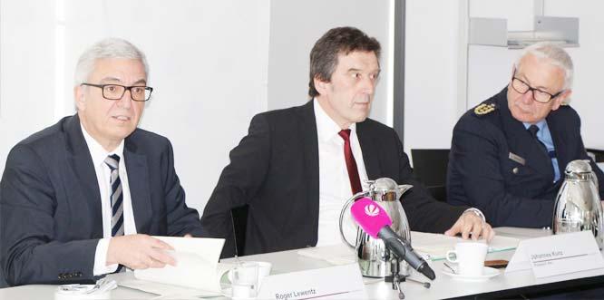 Innenminister Roger Lewentz (links) sieht die Entwicklung insgesamt positiv.