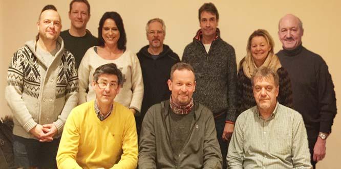 BU: Nach den Wahlen bedankten sich die Mitglieder des neuen Vorstandes (im Bild) für das ausgesprochene Vertrauen.