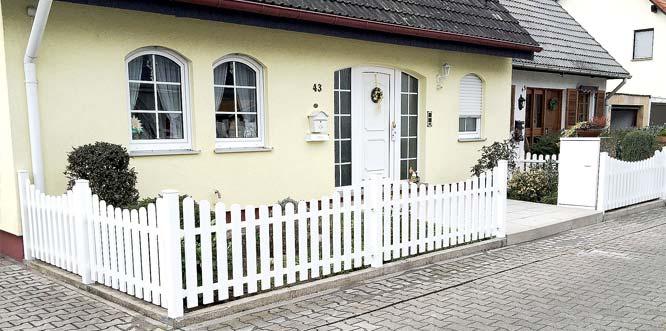 Die P. Holla & Sohn GmbH ist der Ansprechpartner, wenn es um Zäune, Garagen-, Industrie- und Hoftore geht.