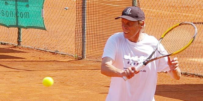 Roland Schäffner gewann sein Match durch die verletzungsbedingte Aufgabe seines Gegners.