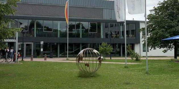 Die Hochschule Worms betrachtet Jens Guth als ein Aushängeschild der Lutherstadt.