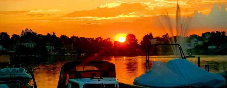 Romantische Floßfahrt auf dem Eicher See