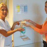 Hände zu desinfizieren, zählt zu den wirksamsten Einzelmaßnahmen, um Infektionsketten zu unterbrechen.