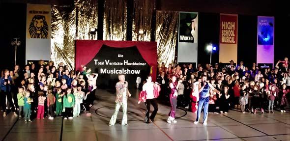 Die künstlerischen, sportlichen und logistischen Meisterleistungen der TVH-Familie begeisterte das Publikum am 3. Advent.