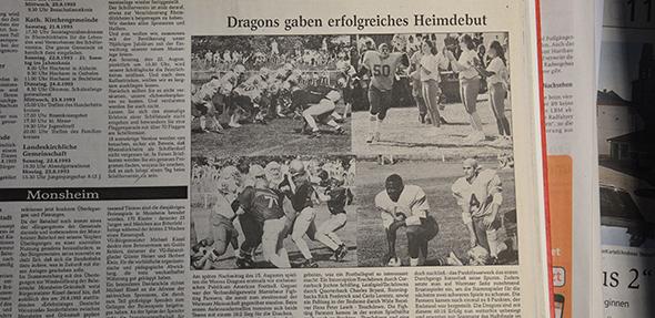 Ein alter Zeitungsbericht des Nibelungen Kuriers aus dem Jahr 1993 über das erste Match der Dragons.