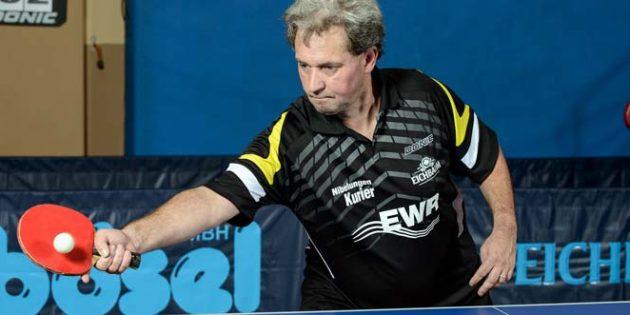 Eine Konstante im Kreisliga-Kader des TV Leiselheim V: TVL-Tischtennis-Urgestein Roland Seitz ist mit einer Einzelbilanz von 15:13 nach wie vor für so manchen Punktgewinn seiner Mannschaft gut.