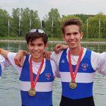 Mit einem Dreifachsieg bei der Kölner Juniorenregatta unterstrich Lukas Schambach (2.v.re.) mit seinen Mannheimer Mannschaftskameraden seine Ambitionen auf eine Medaille bei den Deutschen Jugendmeisterschaften.