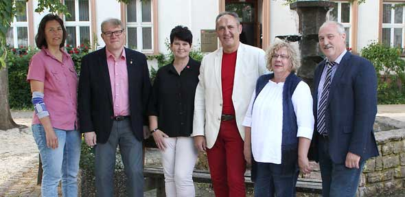 Die neue Horchheimer SPD Ortsbeiratsfraktion (von links): Doris Franke, Hans Herbert Rolvien, Edith Brodhäcker, Carlo Riva, Elisabeth Rolvien, Volker Janson.