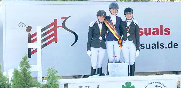 Gleich zwei der drei Wertungsprüfungen konnte Lena Lex mit ihrem Pferd Weltstern für sich gewinnen.