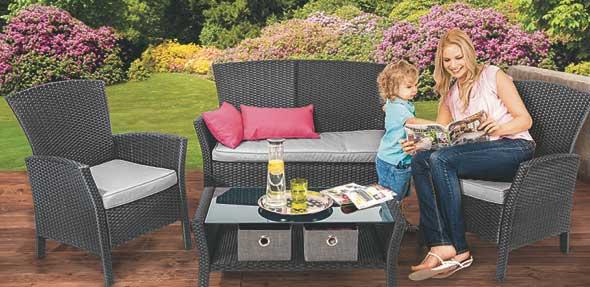 Einzelstücke: Besonders im Bereich Gartenmöbel lässt sich im SSV-Endspurt viel sparen. Foto: © SB-Möbel BOSS