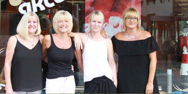 Frisuren, Trends und heiße Köpfe kreieren die Hairstylisten vom Friseur team aktuell. Foto: Karolina Krüger