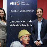 Zum Thema Fake News diskutierten bei der Langen Nacht der Volkshochschulen in Mainz Hendrik Hering, Stefan Hertrampf, Mirko Drotschmann mit Sina Mainitz.