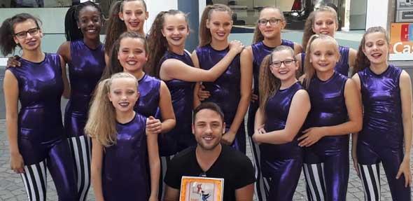 """Die """"Apocalyptic Girls"""" freuen sich über den Sieg beim DAK Dance Contest in Koblenz."""