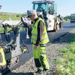 Vor Ort überzeugte sich Dr. Volker Wissing vom Fortgang der Arbeiten. Foto: Wirtschaftsministerium RLP
