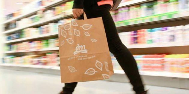 Neben der Preisgarantie soll mit weiteren Entscheidungen, die durch die Lockerungen ermöglicht werden, den Kunden das Einkaufserlebnis so angenehm wie möglich gestalten. Foto: dm-drogerie markt