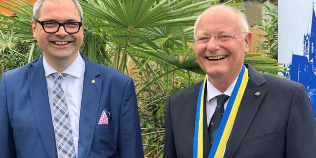 Nikolas Hülbusch (links) übergab Präsidentenamt an Axel Kühn aus Westhofen. Foto: Hendrik Förster