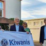 Uwe Martin, Dr. jur. Angela Scheugenpflug, Theodor Cronewitz vom Kiwanis-Club Worms, Maria Hilberg, Fritz Rudolf Körper und Timo Horst (von links).