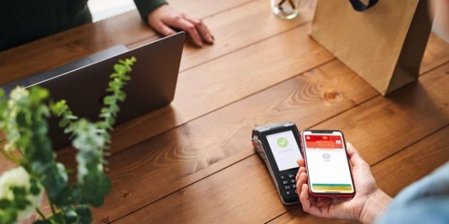 Die Sparkasse Worms-Alzey-Ried baut mit der Nutzung von Apple Pay konsequent ihr Girokontoangebot mit attraktiven Payment-Produkten aus. Sparkassen-Kreditkarten von Visa und Mastercard können bereits seit Dezember 2019 zum Bezahlen mit Apple Pay genutzt werden.